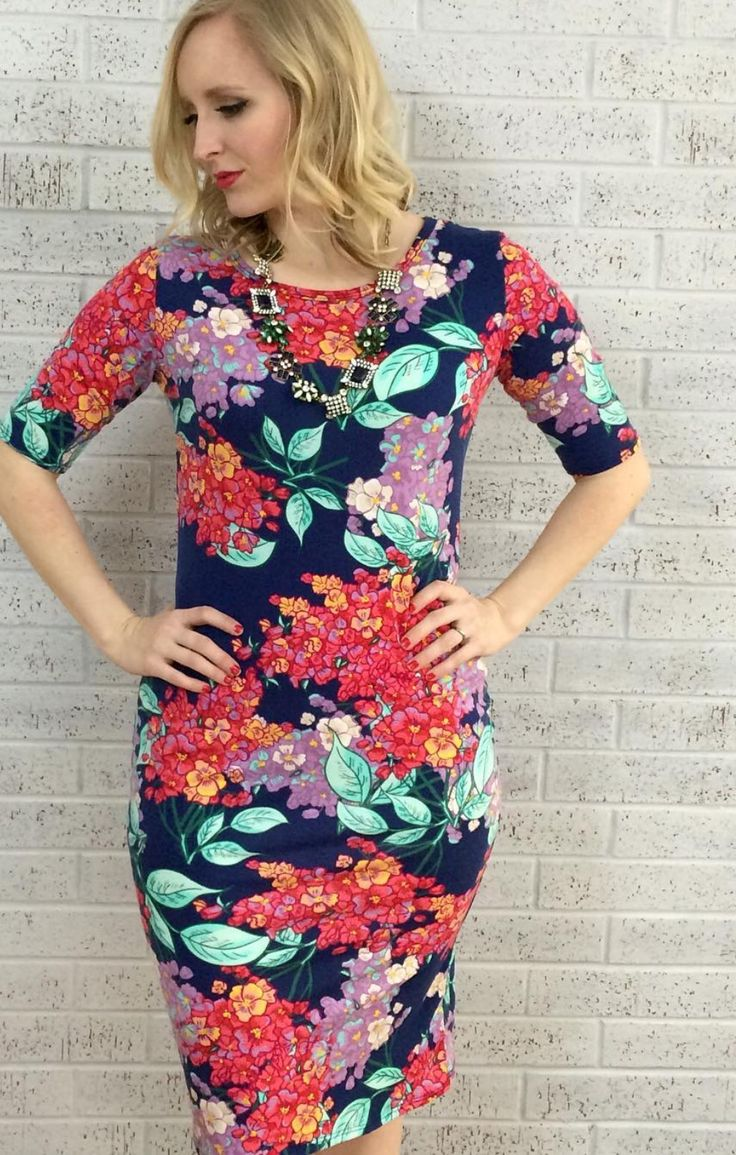 Love This Body Hugging Style Floral Print