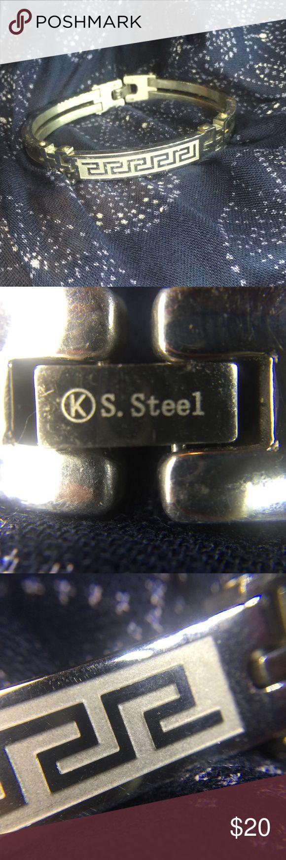 Men's bracelet Men's stainless steel bracelet with geometric pattern. Accessories Jewelry