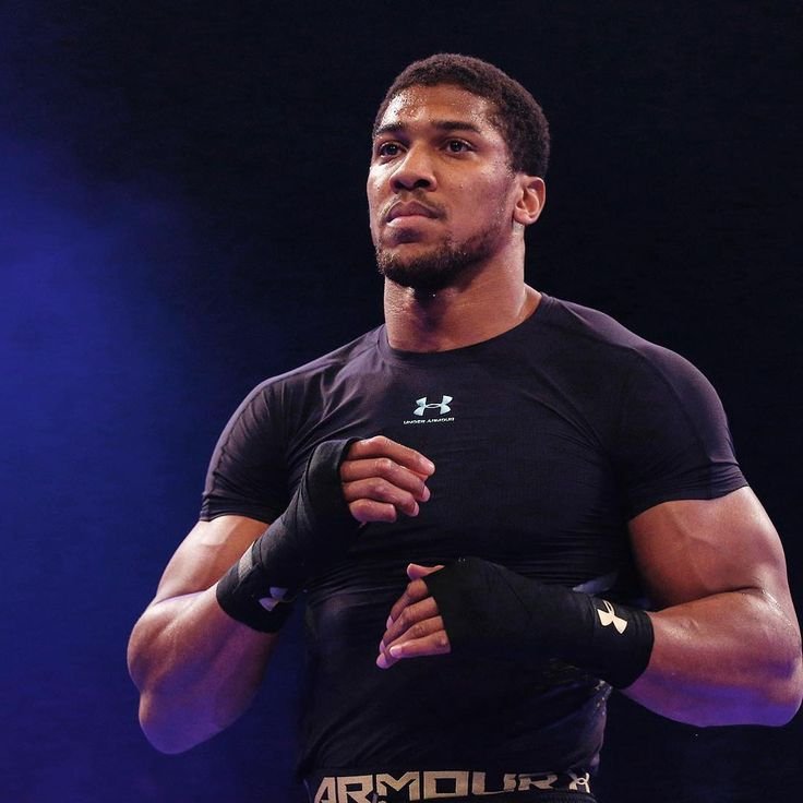 'Dedicated' Anthony Joshua rejects holiday to return to training LINK IN BIO http://www.boxingnewsonline.net/dedicated-anthony-joshua-rejects-holiday-to-return-to-training/  #boxing #BoxingNews