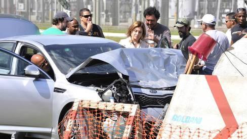 'Avenida Brasil': Depois de flagrar Nina e Max, Carminha fica desorientada, bate com o carro e enche a cara - Telinha - Extra Online