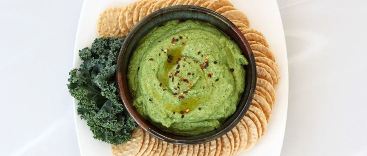 garlic & kale hummus - gluten freeKale Yummy, Gluten Free Vegan, Kale Hummus, Yummy Food, Healthy Recipe Hummus, Roasted Garlic, Free People, Glutenfree, Appetizers Vegan