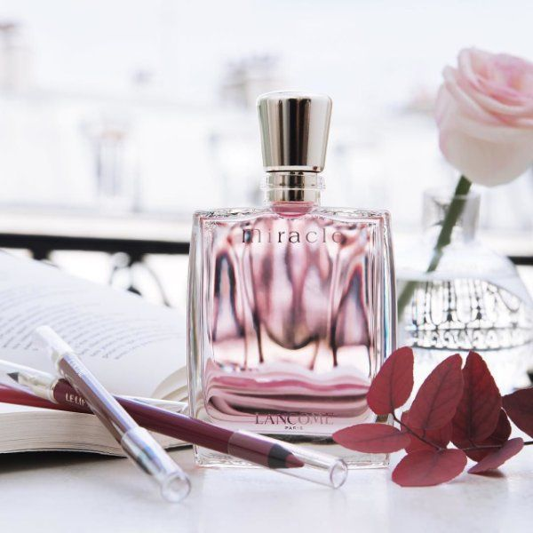 Get in the Parisian mood with the perfume Miracle! #Lancome #Miracle #Perfume #SeasonalChange