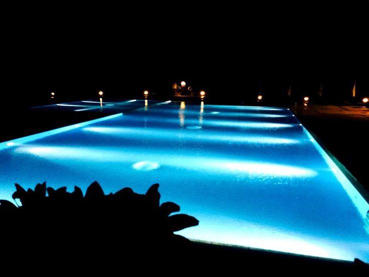 クラブメッド石垣島カビラ  夜のプール