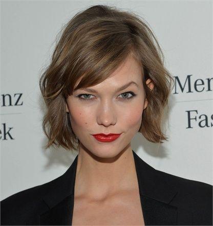 : Haircuts, Hair Colors, Celebrity Hairstyles, Shorts Hair, Hair Cut, Shorts Bobs, Karlie Kloss, Brown Hair, Carboxylic Block