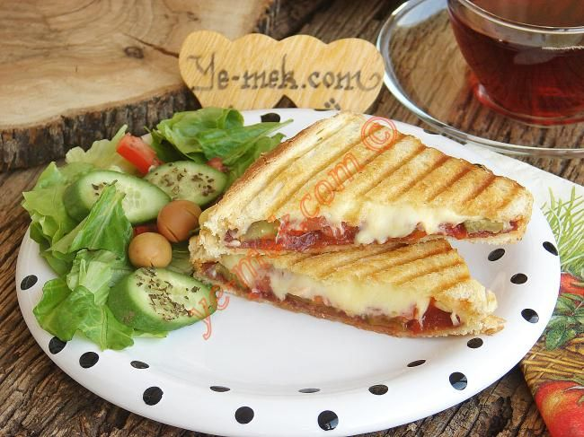 En orjinal tost tariflerinden... En az bir ayvalık tostu kadar iddialı :)
