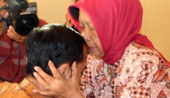 Pesan Mutiara Ibunda Presiden Jokowi – Klik Bekasi