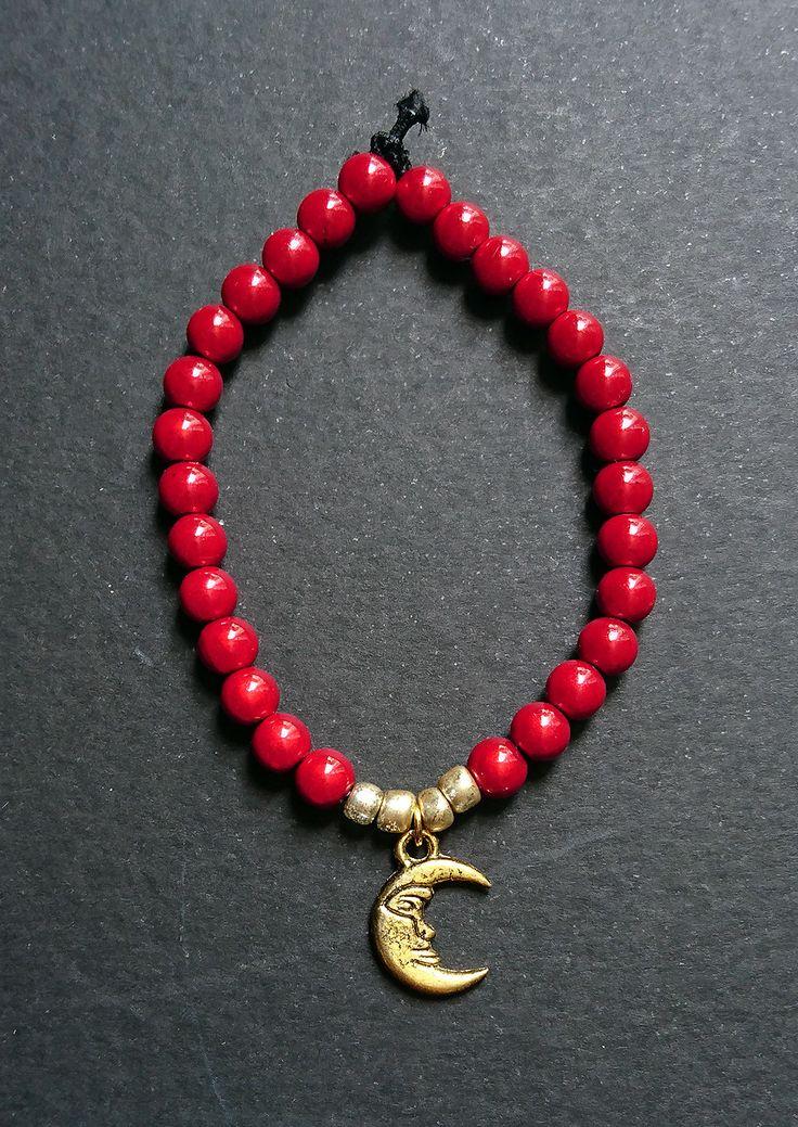 """Bracelet """"Perles lunaires"""" rouge : Bracelet par maddy-crea"""