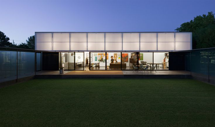 Image 1 of 19 from gallery of Cedar Street Residence / colab studio. Photograph by Bill Timmerman