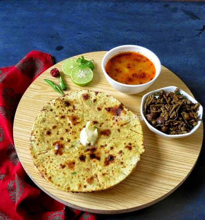 Maayeka - Authentic Indian Vegetarian Recipes: Rajasthani Missi Roti