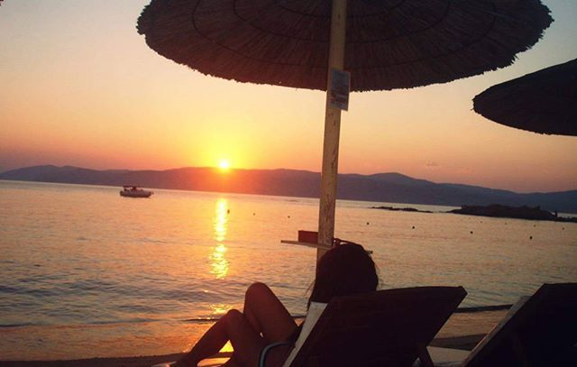 #picoftheday #sunset #greece #skiathos #skiathosisland #summer #summerholiday #travel #travelblog #blogger #instablog #instablogger #fblog #fblogger #fashionblog #fashionblogger #triangl