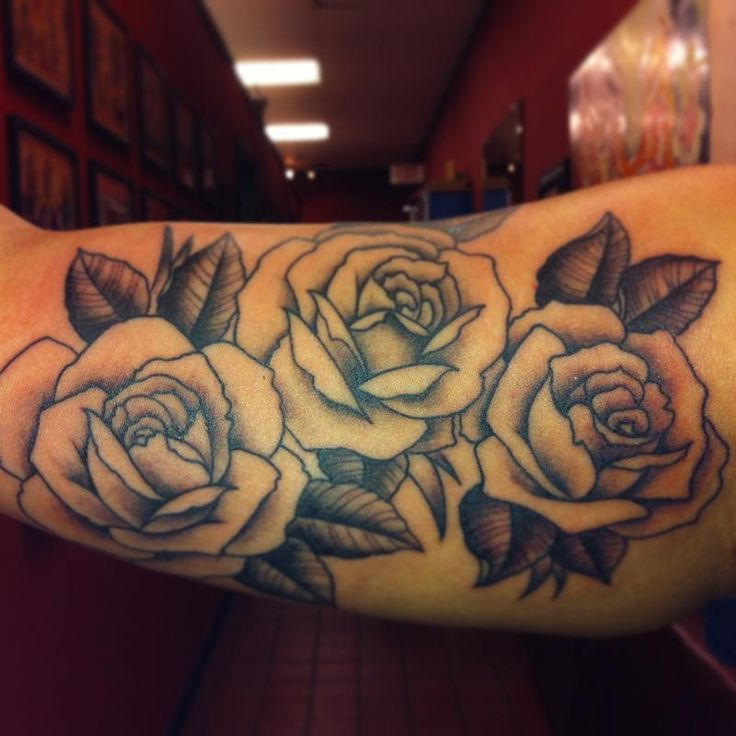 25 unique black and grey rose ideas on pinterest black and grey 25 unique black and grey rose ideas on pinterest black and grey tattoos tattoo rose designs and black red tattoo urmus Choice Image