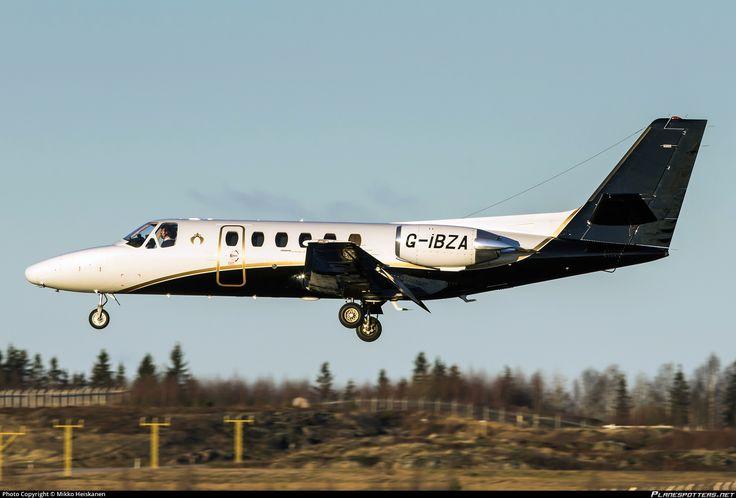 Flexflight Cessna 550 Citation II G-IBZA aircraft, landing to Finland Helsinki Vantaa International Airport. 02/12/2015.