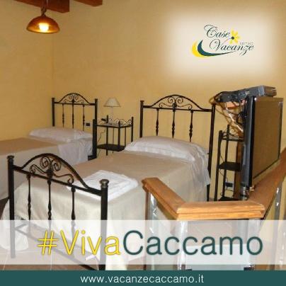 Il piacere di una vacanza immersa nella storia di borgo senza tempo.. Monovano in centro storico a #Caccamo, prenotalo adesso al +39 380 3484661