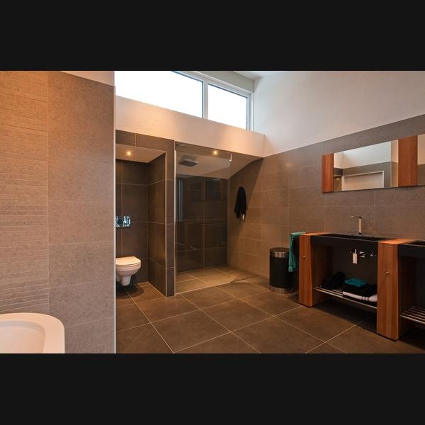 Badkamermeubel jill badkamer ontwerp idee n voor uw huis samen met meubels die het - Ontwerp badkamer model ...