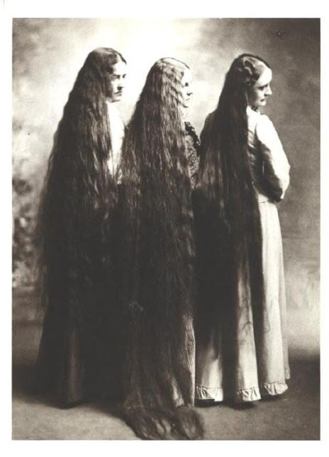 Как ухаживали за волосами два века назад