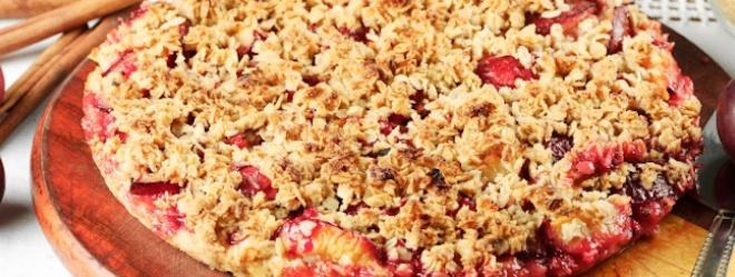 Zeste | Pizza dessert croustillante aux pommes et aux fraises
