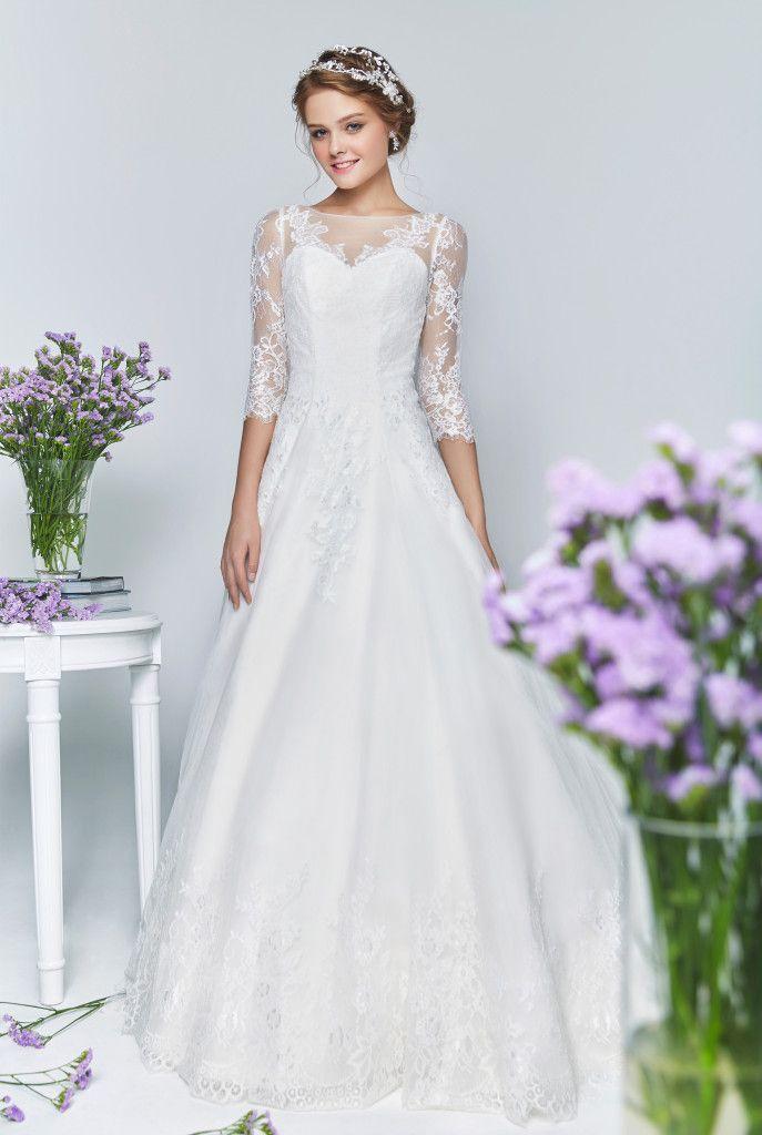 Best 25+ Wedding gown rental ideas on Pinterest   Sarah ...