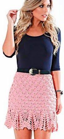 SAIA EM CROCHÊ FEITA PELA Artesã: Luciana Panza     Material:   2 novelos Círculo Charme cor 3128 (rosa),   Agulha para crochê Círculo n...