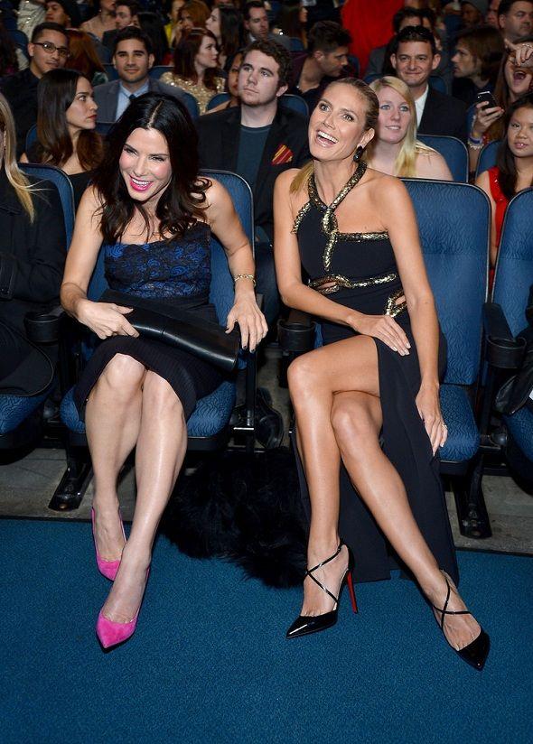 Sandra Bullock with Heidi Klum at the People's Choice Award 2013