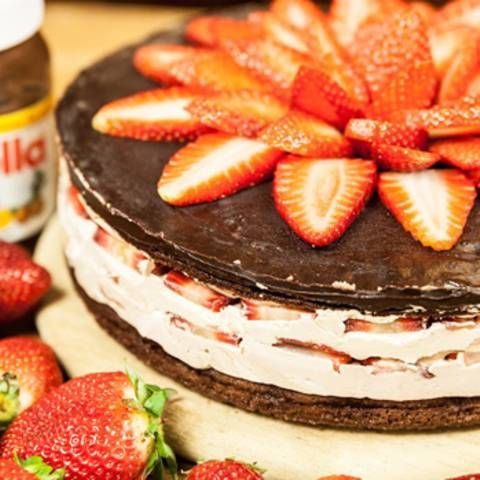 Backen: Nutella-Torte mit Erdbeeren - genial gut!