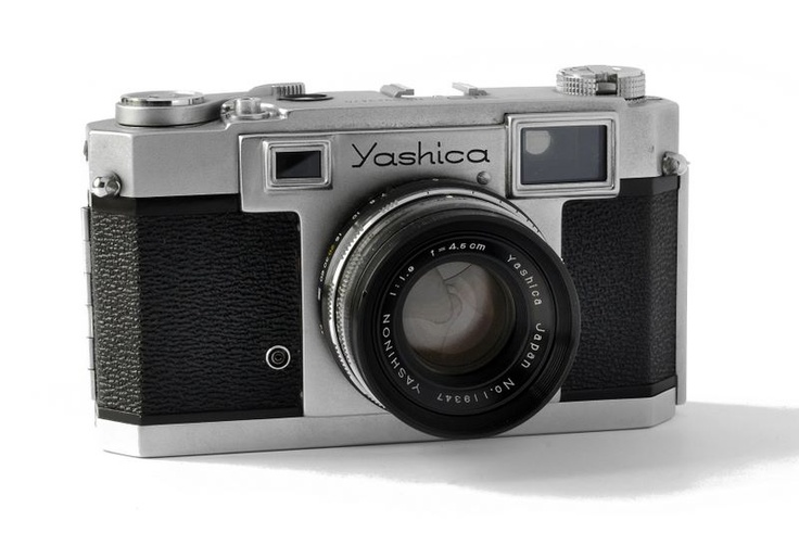 Yashica 35 f1.9 (rare), got one of these in my collection. Built like a tank.