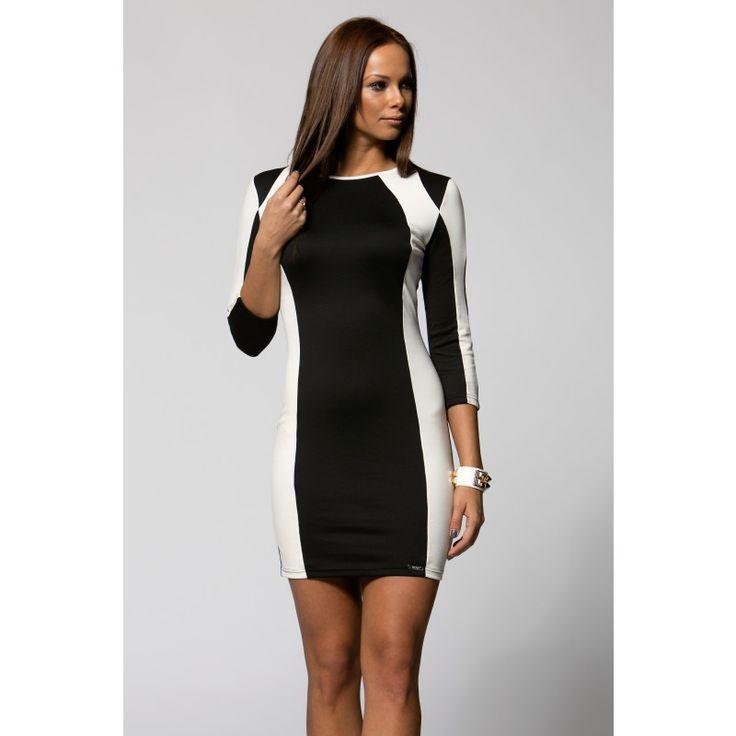 Fekete -fehér karcsúsító ruha a Corvin sétányon!