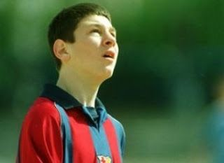 .::Crónicas de un Mourinhista::.: Messi, historia de un farsante