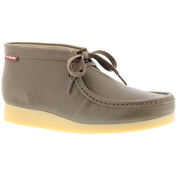Clarks STINSON HI Men's Tan Boot 10 M ($100) ❤ liked on Polyvore featuring men's fashion, men's shoes, men's boots, tan, mens boots, mens shoes, clarks mens boots, mens leather boots and mens tan boots