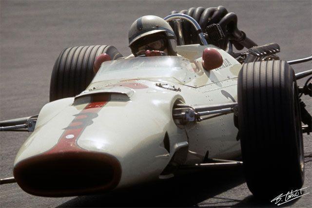 Surtees_1967_Mexico