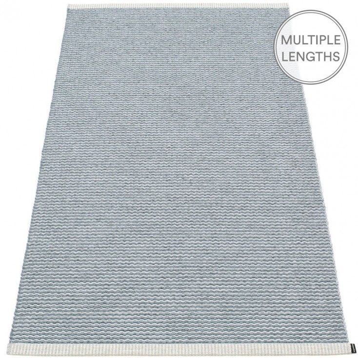 Pappelina's Mono rug is woven using two subtle shades that results in a blended tone bringing soft colour into any space. The 85 cm wide Mono is uniquely woven using an exceptional number of warp threads and comes in two practical lengths. Woven from soft plastic using traditional Swedish techniques, Pappelina rugs can be used in all areas of the home. They are reversible, dust and dirt repellent, and fully washable, although a quick vacuum is probably all they will ever need.
