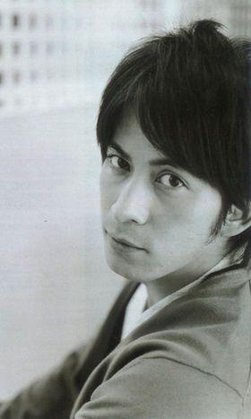 【強くてカッコイイ男】岡田准一のセクシー画像集 - NAVER まとめ
