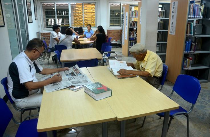 @CulturAlbergues invita a conocer La Paz, biblioteca de B/quilla.