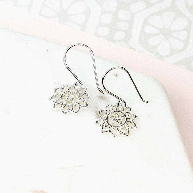 Zilveren Oorbellen Mandala bloem