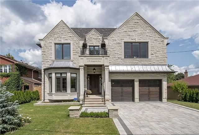 **L-U-X-U-R-I-O-U-S/Spectacular Limestone Natural Facade-Brick Exterior W/Leaded Copper Accent-Spacious 5Bedrm C/Home*Beautifully Laid-Out:Apx 1.6Yrs-Over 4000Sf+Prof Fin W/O Heated Flr & Unparalleled Feature & Finishes:Hi Cengs & Sunfilled Brkst & State-Of -Art,Gourmet Kitchen W/Premium Appl's & Centre Island,Mahogany Main & Garage Dr,Walnut Panelled,B/I Bkcase Lib,Extensive Use Of Woodwork,Spa-Like Marble Heated Master Ensuite W/Steam Shower,Prof Landscaped