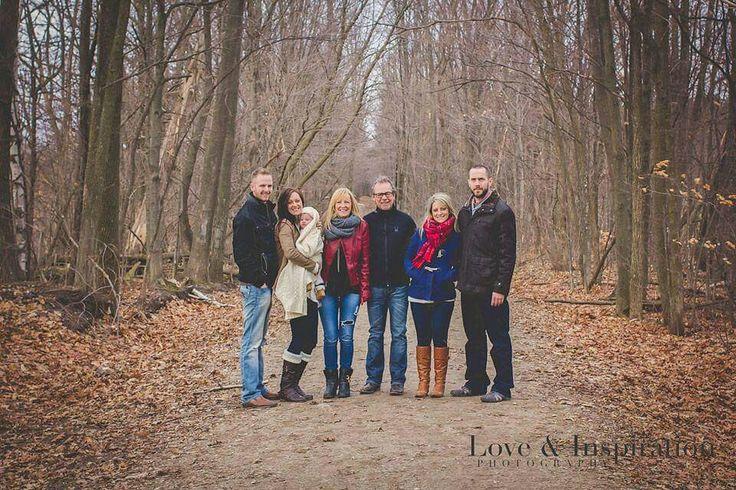 fall family portraits www.loveandinspiration.ca Barrie Ontario