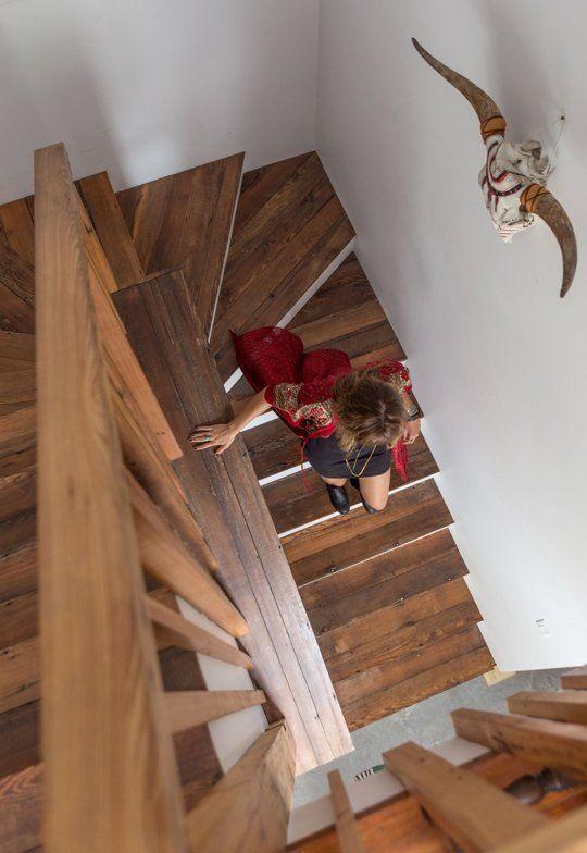 17 mejores ideas sobre escaleras de madera pintada en pinterest escalera pilares de escalera - Muebles shena literas ...
