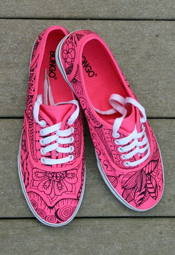 Zentangle sneakers shoes sneakers zentangle por ArtworksEclectic