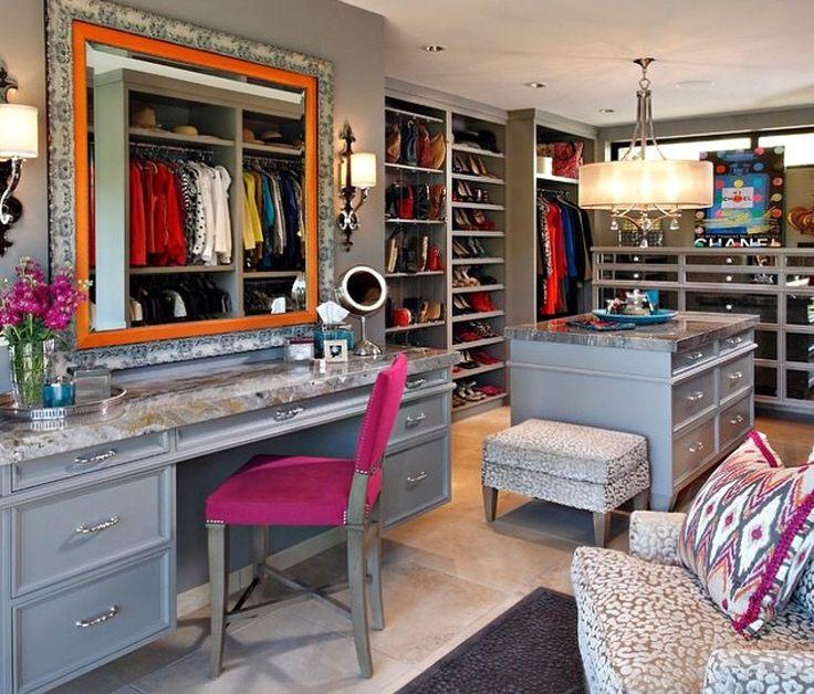 Gray Walk In Closet Design   Contemporary   Closet