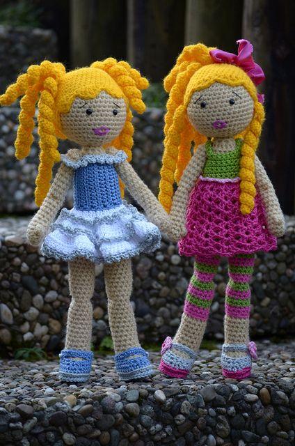 Ellen and Chiara by Lenekie, via Flickr  (Crochet Lily Dolls)