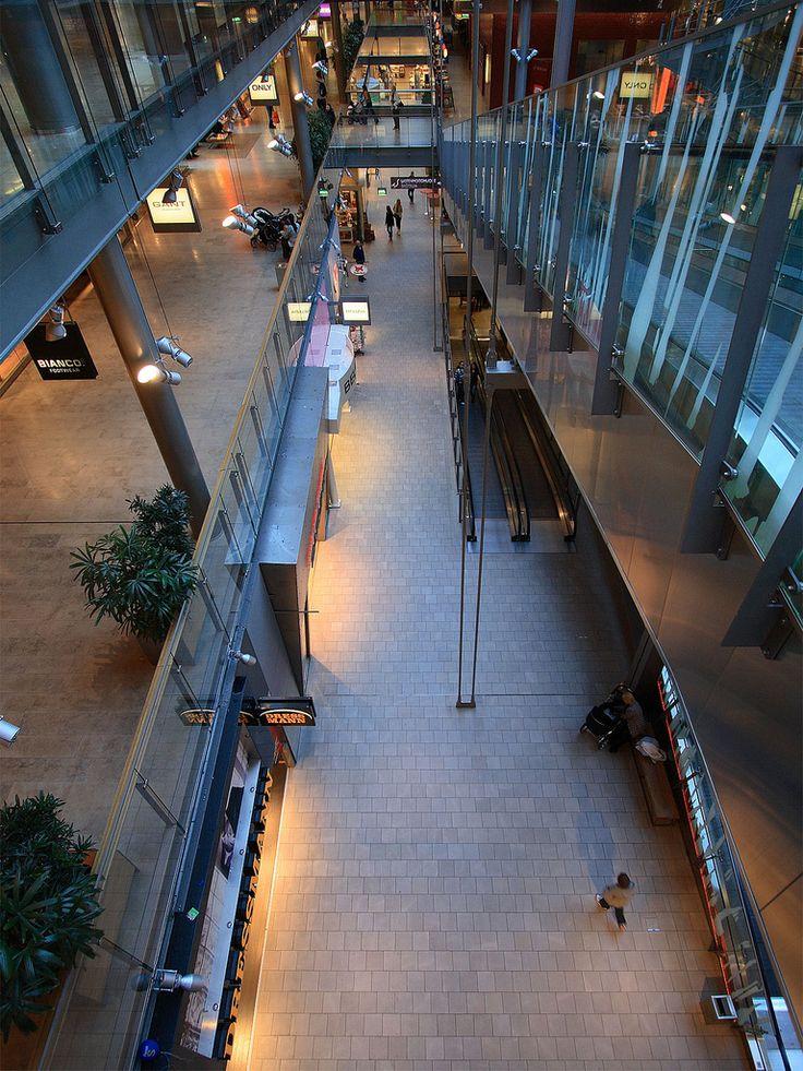 Kauppakeskus Sello Espoo lattialaatta Impronta Stone Gallery 013