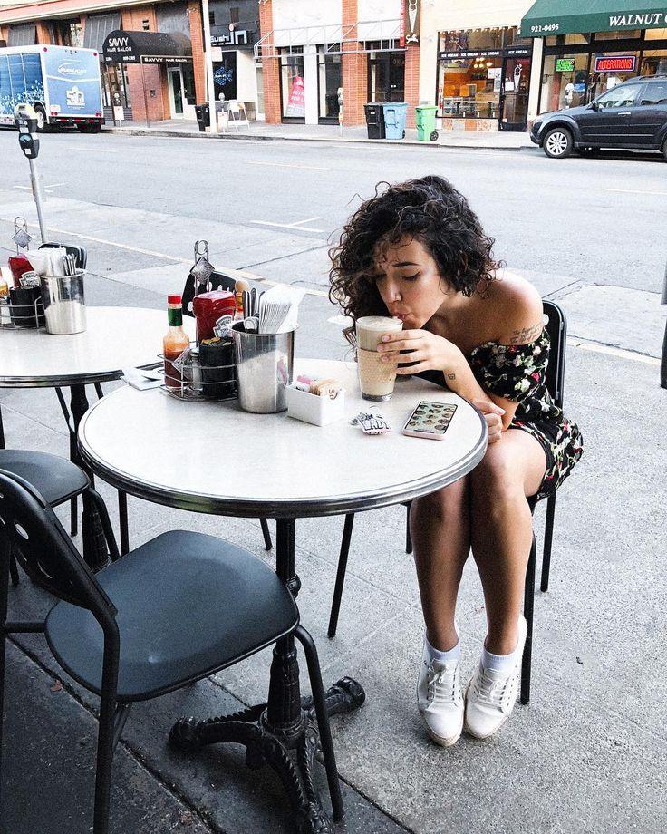 Café com leite pra começar o dia bem :)