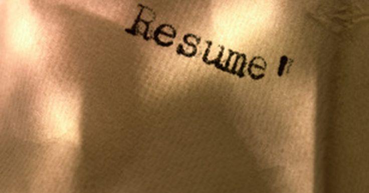 Ejemplo de una declaración de objetivos. Una declaración de objetivos revela los primeros detalles que posible empleador aprenderá de ti. Una declaración de objetivos define tus metas profesionales y establece el tono para el resto de tu curriculum vitae.