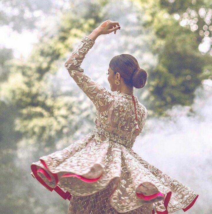 Pakistani bridal by Élan.