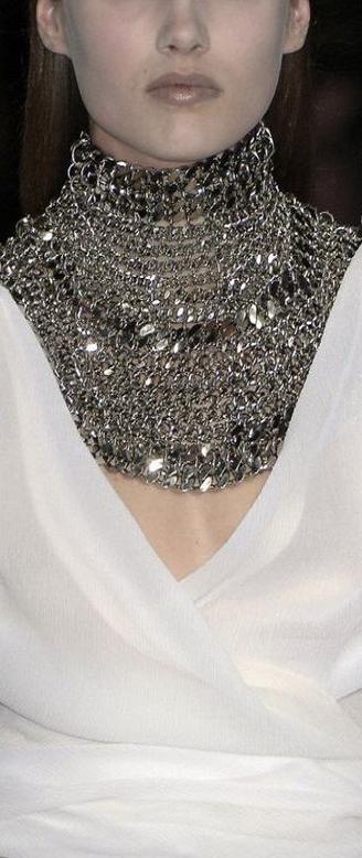 Givenchy ♥✤   KeepSmiling   BeStayClassy