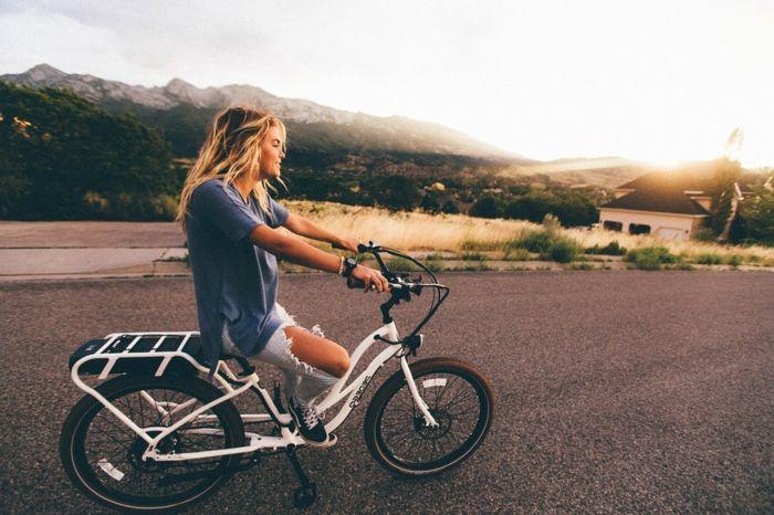 les 25 meilleures id es de la cat gorie faire du v lo sur pinterest bicyclettes cyclisme et. Black Bedroom Furniture Sets. Home Design Ideas