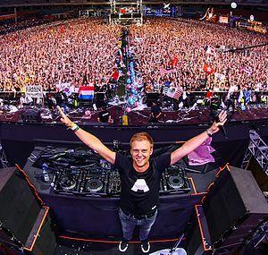 Armin van Buuren - Mainstage.jpg