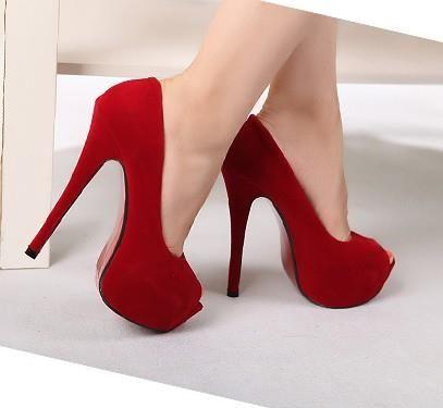 Туфли на высокой шпильке оптом