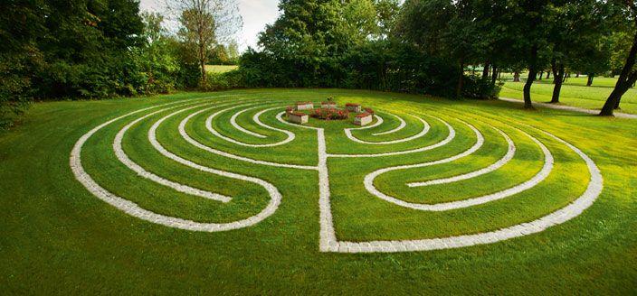 Labyrinth / Bad Birnbach Löwenbrunnen ...
