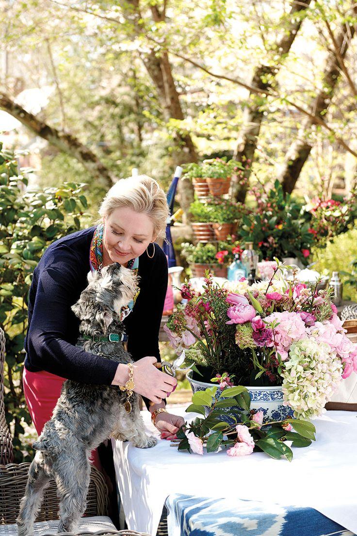 200 best danielle rollins images on pinterest atlanta table 11 tips for arranging flowers ballard designsfloral