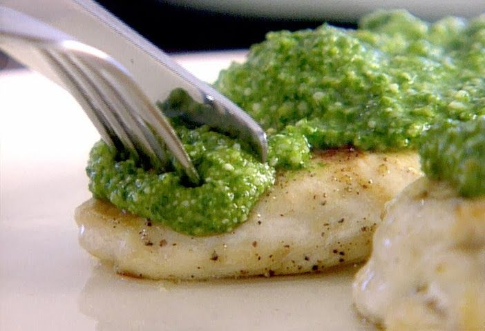 Grilled chicken with pesto